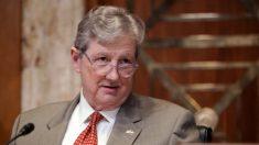 El senador Kennedy le pide a Trump que desclasifique las solicitudes FISA de Carter Page