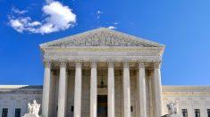 """Suprema Corte levanta bloqueo a la norma de """"carga pública"""" para la admisión de nuevos inmigrantes en EE.UU."""
