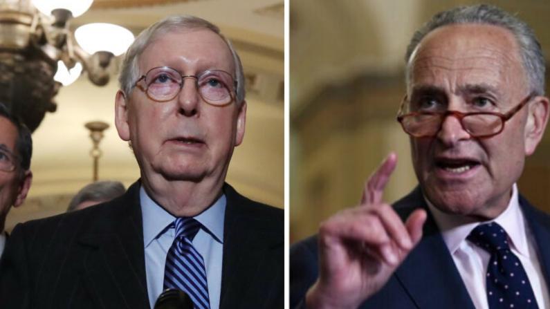 El Líder de la Mayoría del Senado Mitch McConnell (R-Ky.) y el Líder de la Minoría del Senado Chuck Schumer (D-N.Y.) en fotos de archivo (Fotografía de Mark Wilson/Getty Images; Win McNamee/Getty Images)