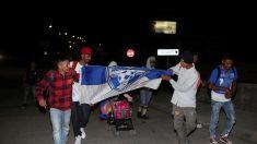 Parte pequeña caravana desde Honduras, con destino a EE. UU.