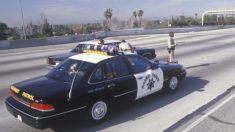 Policial percebe que algo não está certo durante blitz e acaba salvando garota de 15 anos de sequestrador
