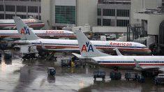 Aerolíneas American y United anuncian el despido de 32,000 trabajadores