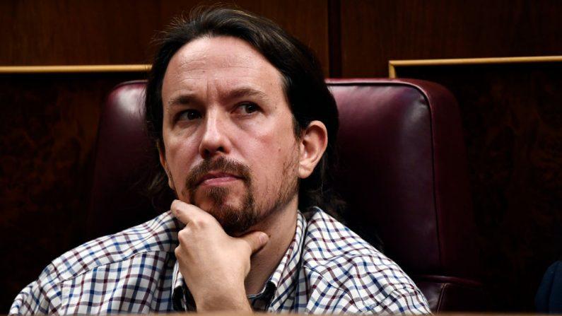 El líder del partido español Podemos, Pablo Iglesias, asiste al tercer día de un debate parlamentario de investidura y vota para elegir un primer ministro, en el Congreso español (Las Cortes) el 25 de julio de 2019, en Madrid, España. (OSCAR DEL POZO / AFP / Getty Images)