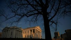 Juez mantiene la prohibición de armas por estado de emergencia del gobernador de Virginia