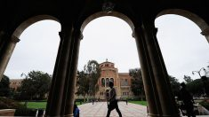 Profesores universitarios, 95 veces más propensos a donar a demócratas que a republicanos, dice estudio