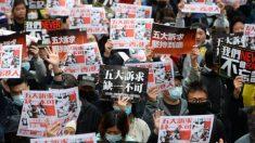 Mais de um milhão de pessoas de Hong Kong comemoram o Ano Novo saindo às ruas para renovar suas demandas