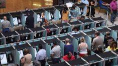 Legisladores de la Cámara exigen cédulas de papel verificadas por votantes para aumentar seguridad electoral