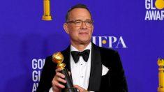 Tom Hanks chora em discurso de premiação e admite ser 'abençoado' com esposa e quatro filhos