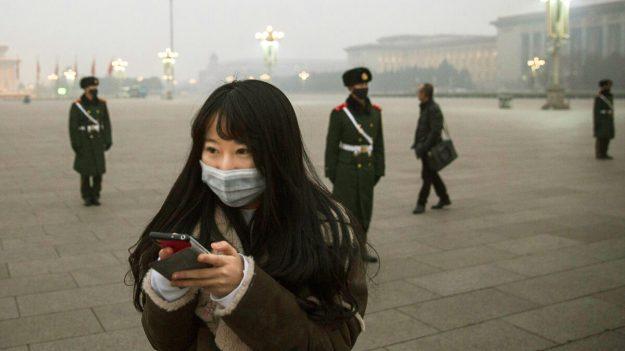 """El uso de palabras """"incorrectas"""" en llamadas y mensajes podría desencadenar un castigo en China"""