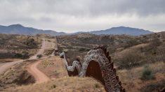 """""""Permanecer en México"""": EE.UU. empieza a devolver a solicitantes de asilo en puerto de entrada de Arizona"""
