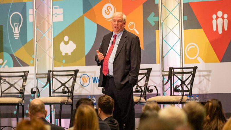 Presidente de la Reserva Federal de Boston, Eric S. Rosengren, habla sobre economía y política monetaria en un evento en Hartford, Connecticut, el 13 de enero de 2020. (Foto cortesía del Banco de la Reserva Federal de Boston)