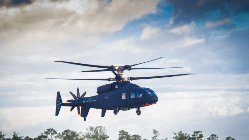 El helicóptero Sikorsky-Boeing SB> 1 Defiant logró su primer vuelo el 21 de marzo de 2019. (Foto cortesía de Sikorsky y Boeing)