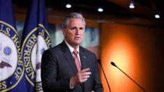 Biden debería suspender la campaña durante el impeachment del Senado, dice McCarthy