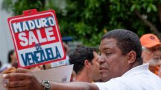 Exílio em Miami culpa golpe contra Parlamento a decisões erradas de Guaidó