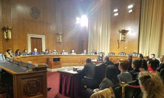 Audiencia del Senado sobre la atención médica domiciliaria en las comunidades rurales. Comité sobre el Envejecimiento. Washington DC, 2020, (Foto de Masooma Haq / Epoch Times)