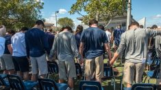 Escuela deportiva en Florida llora la muerte de 3 estudiantes, dos por suicidio en las vías del tren