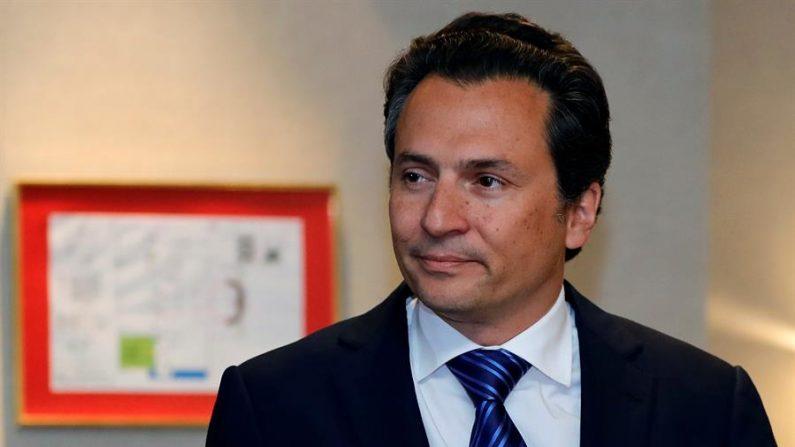 Fotografía de archivo fechada el 17 de septiembre de 2017 del exdirector de Petróleos Mexicanos (Pemex) Emilio Lozoya en Ciudad de México (México). EFE/ José Méndez / ARCHIVO