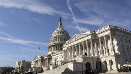 Congresista urge despido del CIO de CalPERS por profundos vínculos de inversiones con China