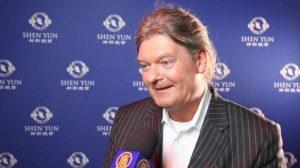 CEO de empresa de internet se inspira al ver el espectáculo de Shen Yun en Alemania