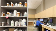FDA suspende inspección de medicamentos en China y advierte sobre escasez de suministros médicos