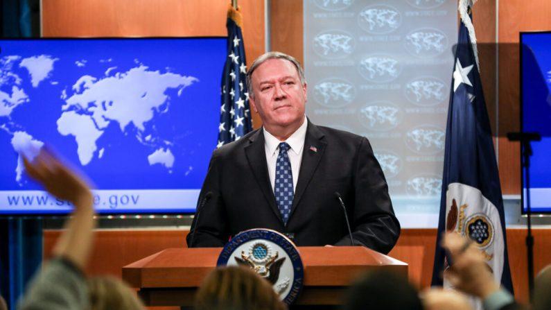 El secretario de Estado Mike Pompeo realiza una conferencia de prensa en el Departamento de Estado en Washington el 7 de enero de 2020. (Charlotte Cuthbertson / The Epoch Times)