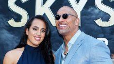 """Hija de """"The Rock"""", Simone Johnson, de 18 años, firma con WWE, y sigue el legado de lucha de su familia"""