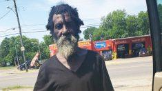 Papá sin hogar recibe un cambio de imagen, dándole un impulso muy necesario y una segunda oportunidad