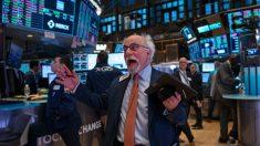 Junto con la bolsa de valores cae el rendimiento de los bonos por el brote de coronavirus