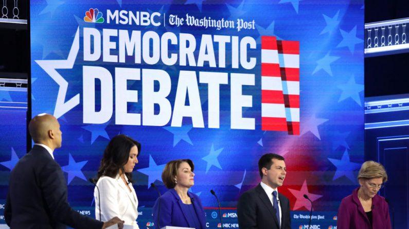 ATLANTA, GEORGIA - 20 DE NOVIEMBRE: Los candidatos presidenciales demócratas. (Foto de Alex Wong/Getty Images)