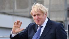 """Johnson celebra una """"nueva era"""" y llama a superar las divisiones del Brexit"""