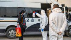 El régimen chino amordaza la cobertura de la prensa en medio del brote generalizado de coronavirus