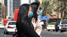 Dos miembros del staff del equipo local del Emiratos Arabes Unidos afectados por el coronavirus
