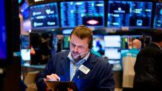 Dow se hunde casi 3000 puntos en medio del shock del mercado por el coronavirus