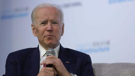 Biden lamenta haber enjaulado niños y deportado 3 millones de inmigrantes en la administración Obama