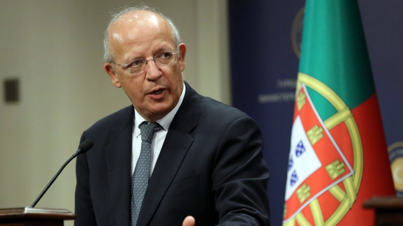 El canciller portugués Augusto Santos Silva da una conferencia de prensa luego de su reunión con su homólogo turco en Ankara, el 18 de octubre de 2017. (ADEM ALTAN / AFP / Getty Images)