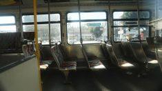 Un muerto y cinco heridos en tiroteo registrado en un autobús en California