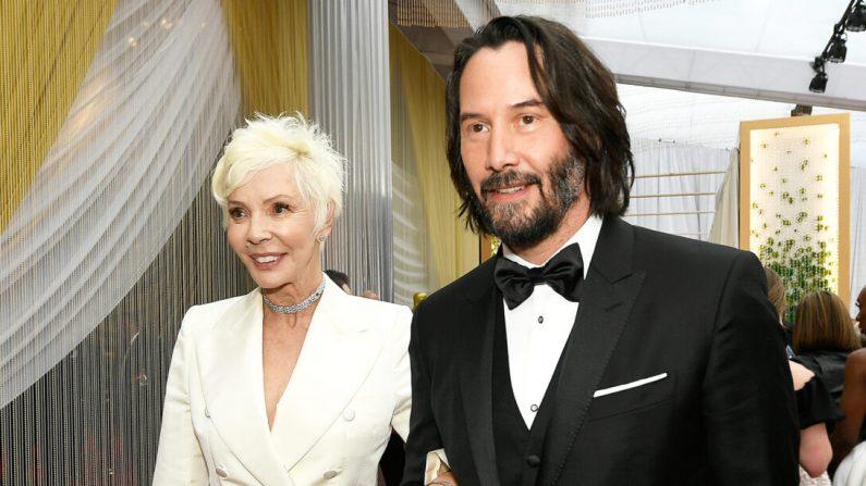 Keanu Reeves llega junto a su madre, Patricia Taylor, a la  92a ceremonia anual de entrega de los premios Óscar en Los Ángeles el 9 de febrero de 2020. (Getty Images | Kevork Djansezian)