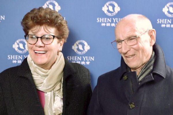 Público de Connecticut queda muy impresionado con el arte, las historias y las revelaciones de Shen Yun