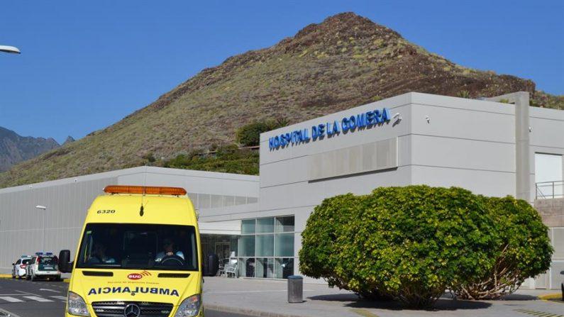 Hospital de La Gomera donde se encuentra hospitalizado el ciudadano alemán que dio positivo al coronavirus. (EFE/ Violeta Mesa)
