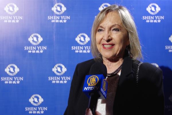 """Los arreglos musicales de Shen Yun """"son sensacionales"""", dice directora de radio de música clásica de Perú"""