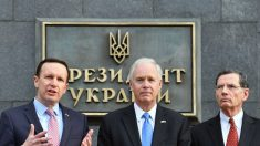 Senadores de EE.UU. se reúnen con Zelensky en Ucrania y prometen apoyo bipartidista