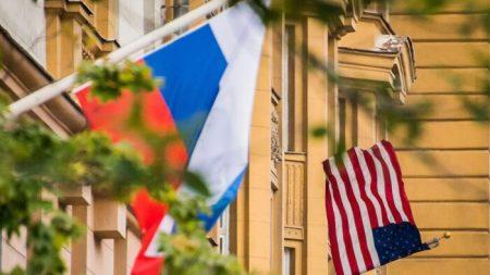 Administración Biden: funcionarios confían poco en la inteligencia sobre las recompensas rusas