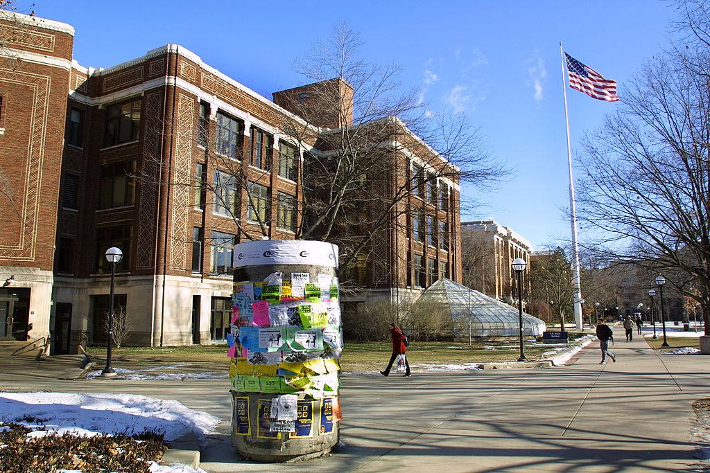 Universidad-Michigan