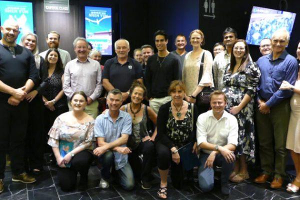 Empresario compra 120 entradas para que los bomberos de Nueva Gales del Sur disfruten Shen Yun