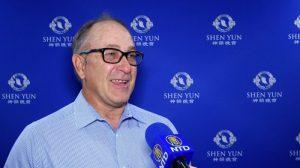 """""""Ordenado, organizado, hermoso, precioso"""": Empresario de Arizona disfrutó plenamente de Shen Yun"""