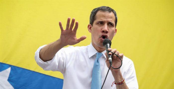 """Denuncian """"secuestro"""" de 2 colaboradores más de Juan Guaidó por fuerzas del Estado"""