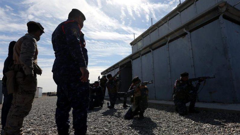 Defensa ordena replegar a parte de los militares desplegados en Irak. EPA/AHMED JALIL/Archivo