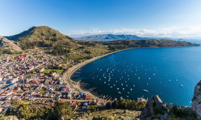 Copacabana, a orillas del lago Titicaca. (Shanti Hesse / SHUTTERSTOCK)