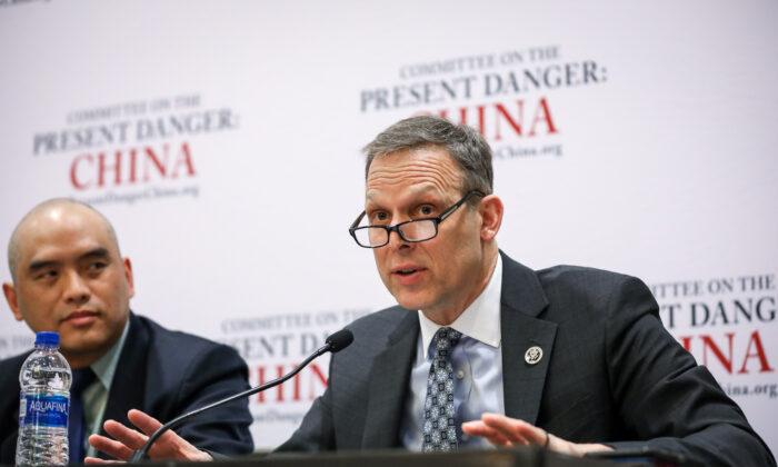 """El representante Scott Perry (R-Pa.) habla en un panel titulado """"El peligro presente: China"""" en la Conferencia de Acción Política Conservadora (CPAC) en National Harbor, Md., el 27 de febrero de 2020. (Samira Bouaou/The Epoch Times)"""