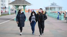 Los muertos por el virus del PCCh en el Reino Unido superan ya el millar